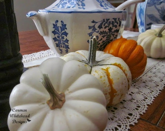 Blue Willow Autumn Table created by Carmen Whitehead Designs