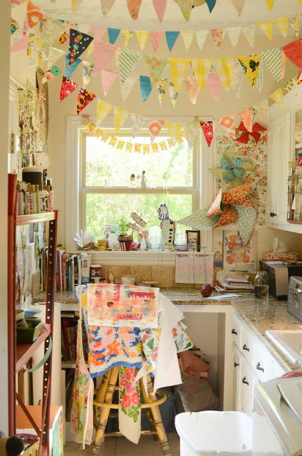 10 Inspirational Art Studios shared by www.carmenwhitehead.com
